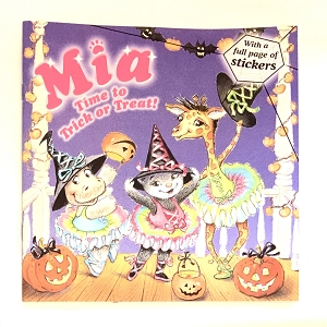 Mia and her best friends are going to be matching ballerinas for Halloween. Matching pink ballerinas, that is! But when Ruby wants to be green and Anna wants to be blue, things get a little . . . colorful! Can the tutu-tastic friends get their costumes together before it's time to trick or treat?  This book includes a full page of stickers to dress up Mia and her ballerina buddies!