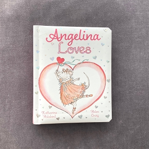 Discover all the things Angelina Ballerina loves in this 6